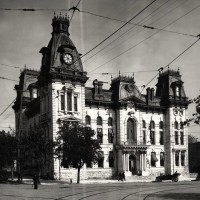 Courthouse_1875