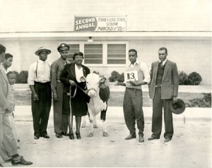 Second annual Food & Livestock Show, 1946. Photo No. AR.2000.025, Travis County Negro Extension Service collection, Austin History Center, Austin Public Library