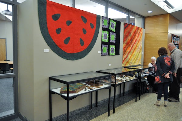 displays and quilts history day 2015
